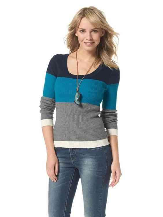 pulover-ajustat-cu-dungi